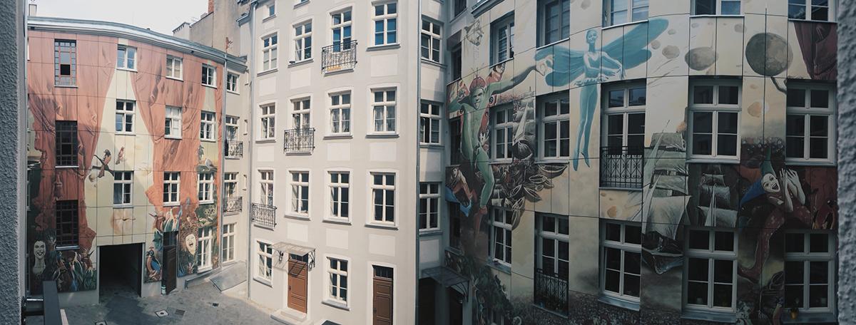 Artystyczne podwórko w Łodzi Wojciech Siudmak (2)
