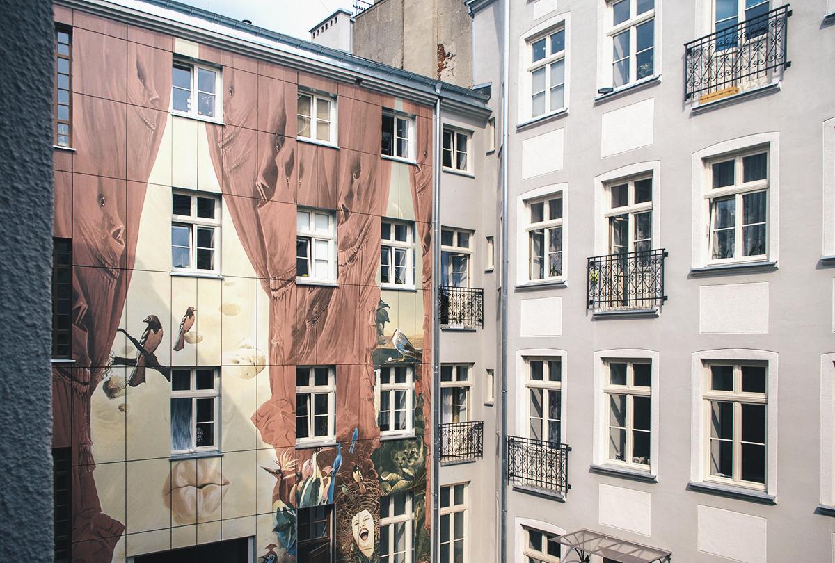 Artystyczne podwórko w Łodzi Wojciech Siudmak (3)